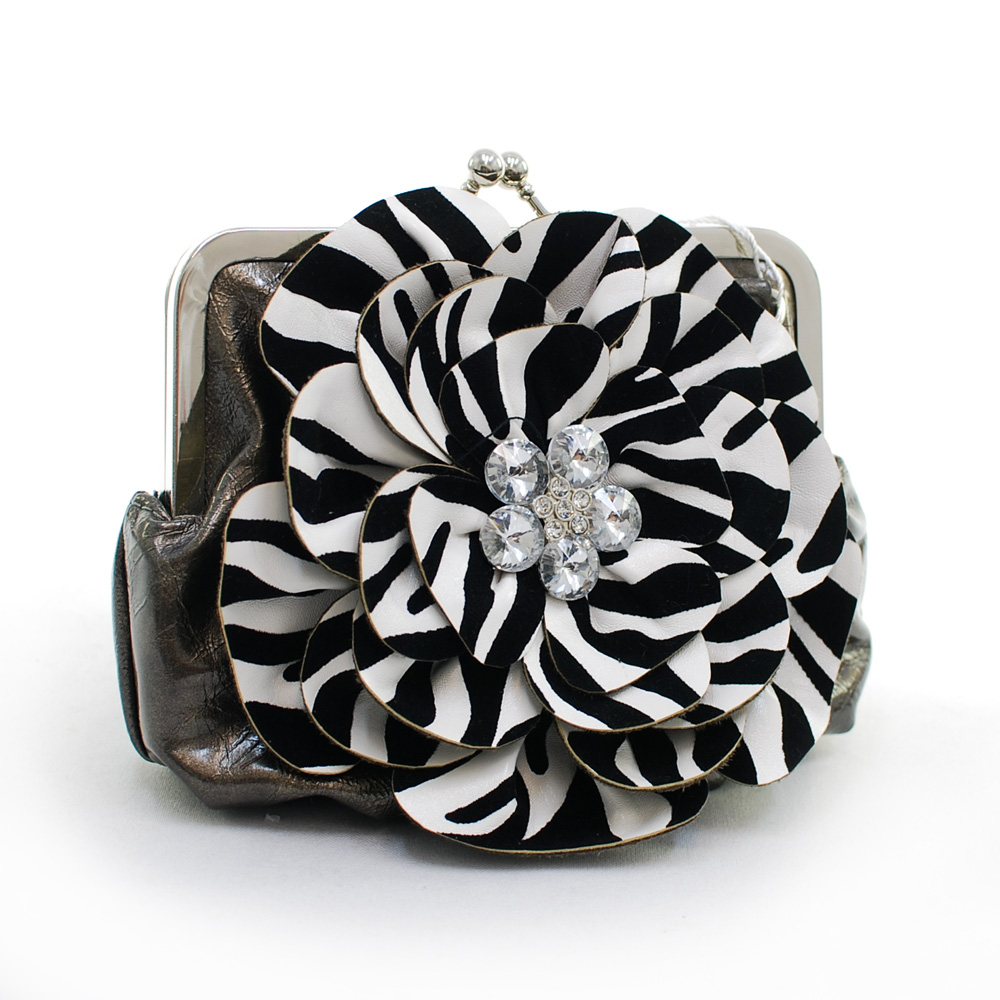 Montana West Rustic Couture Zebra Flower Clutch - Gray