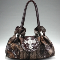 Realtree® Hardwoods HD Camo Rhinestone Cross Satchel