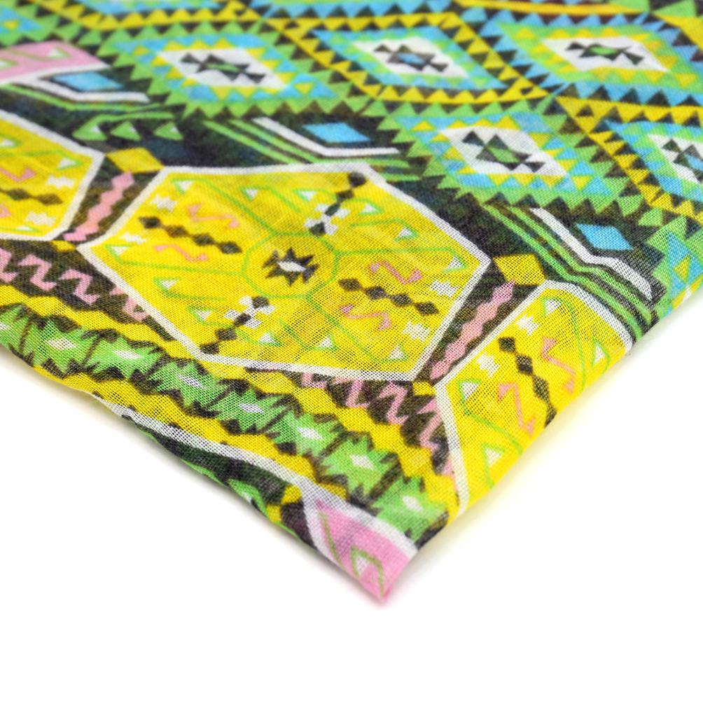Tribal Design Print Woven Scarf